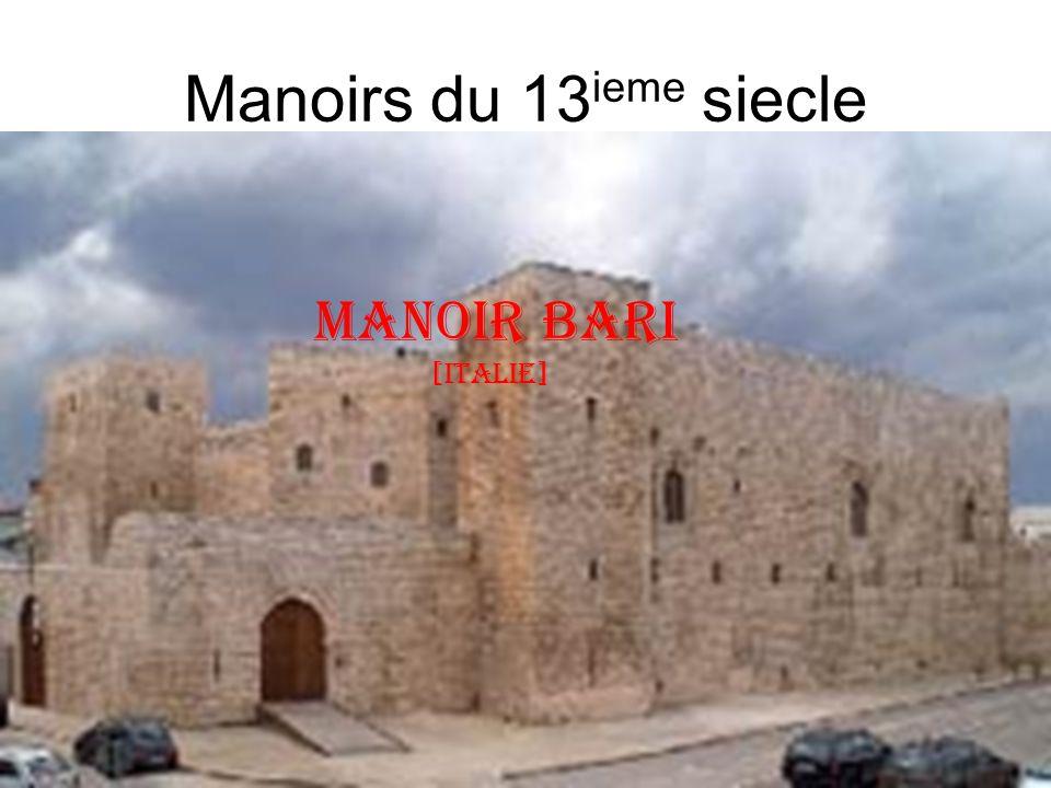 Manoirs du 13ieme siecle Manoir bari [italie]